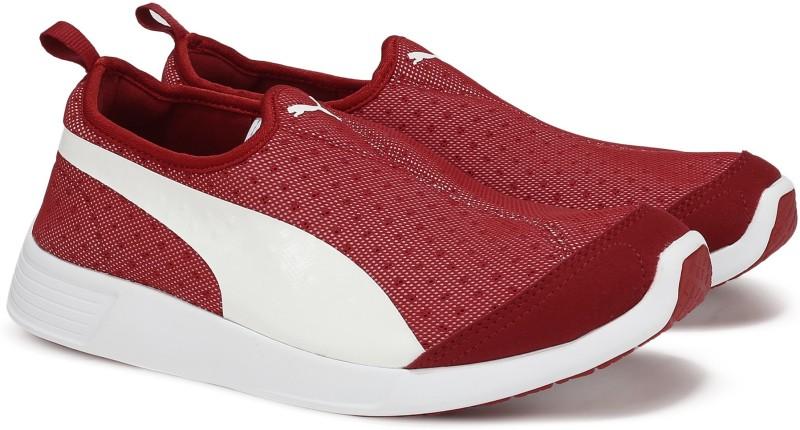 Puma ST Trainer Evo Slip-on Running Shoes(Red) ST Trainer Evo Slip-on
