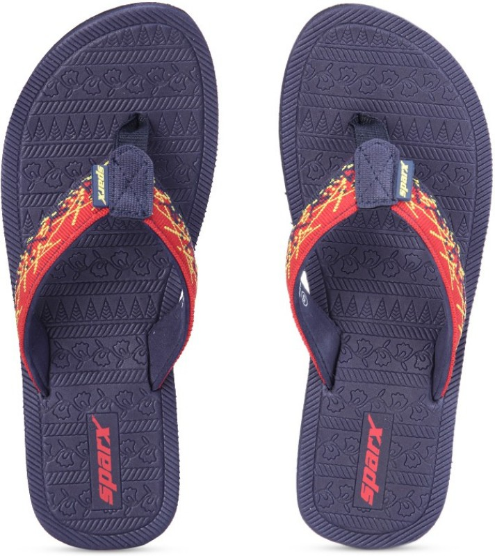 (LOOT) Buy Men Slippers Flat at Rs.99 + Rs.50 Recharge Voucher + Free Shipping