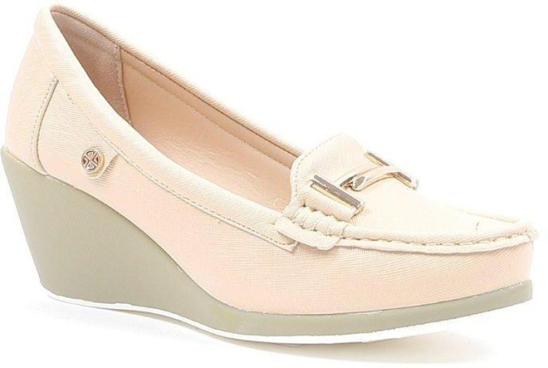 Carlton London CLL-4053 Loafer For Women(Beige)