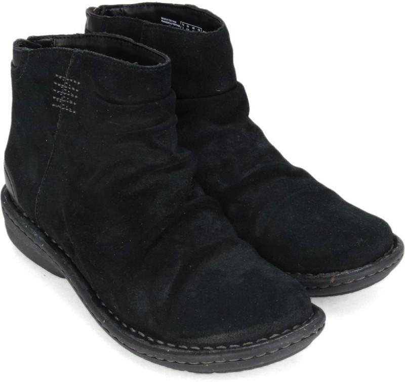 Clarks Avington Swan Boots For Women(Black)