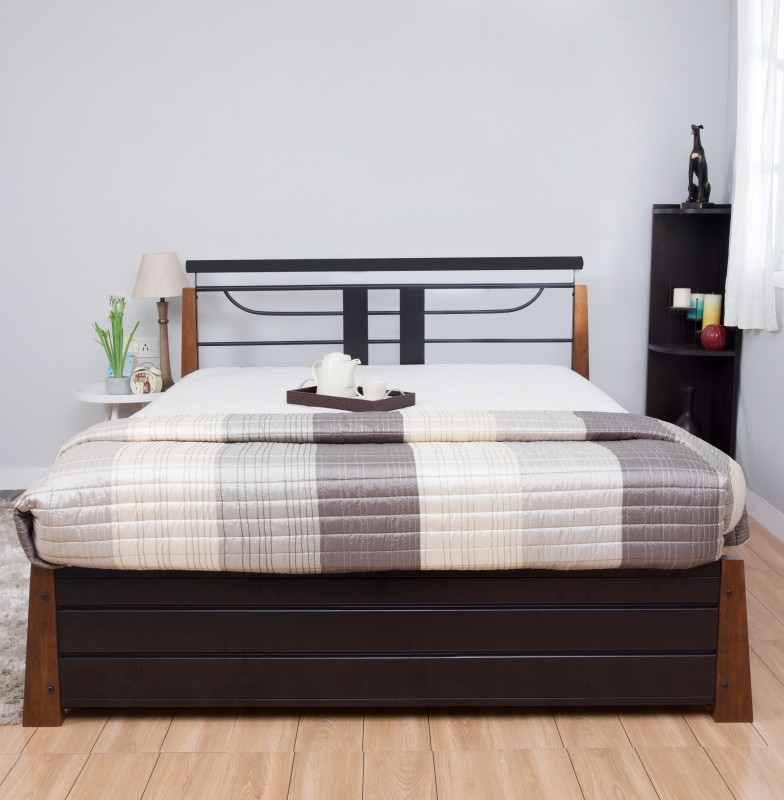 HomeTown Diamond Metal Queen Bed With Storage(Finish Color - Brown)