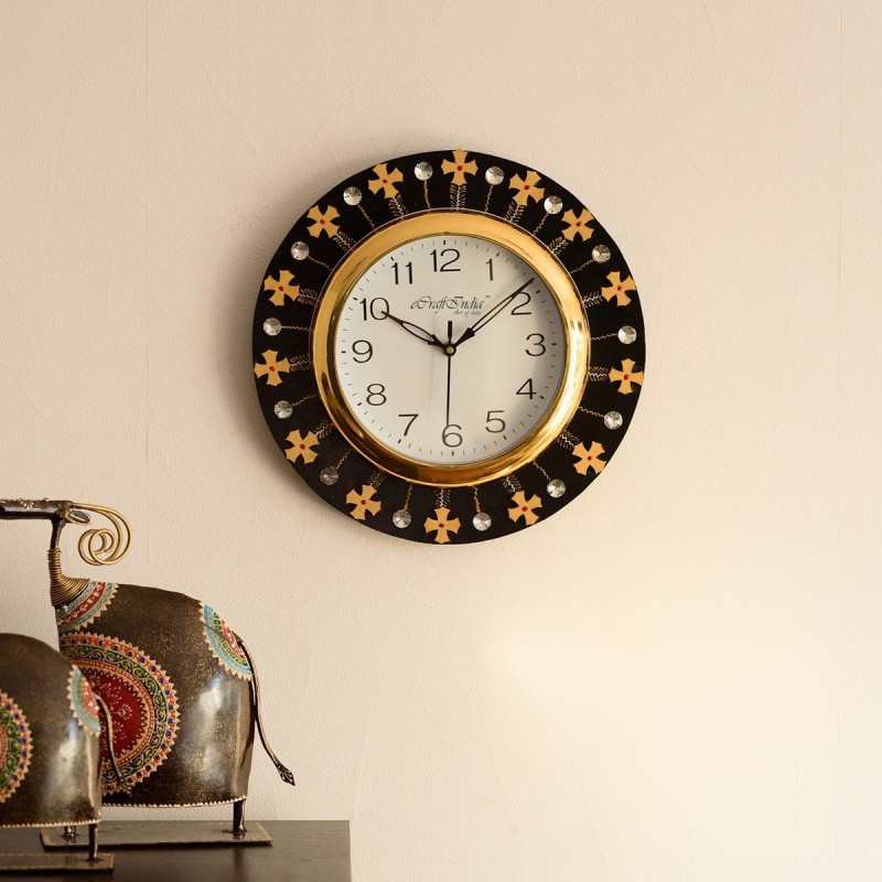 eCraftIndia Analog 30 cm X 31 cm Wall Clock(Black, Brown, With Glass)