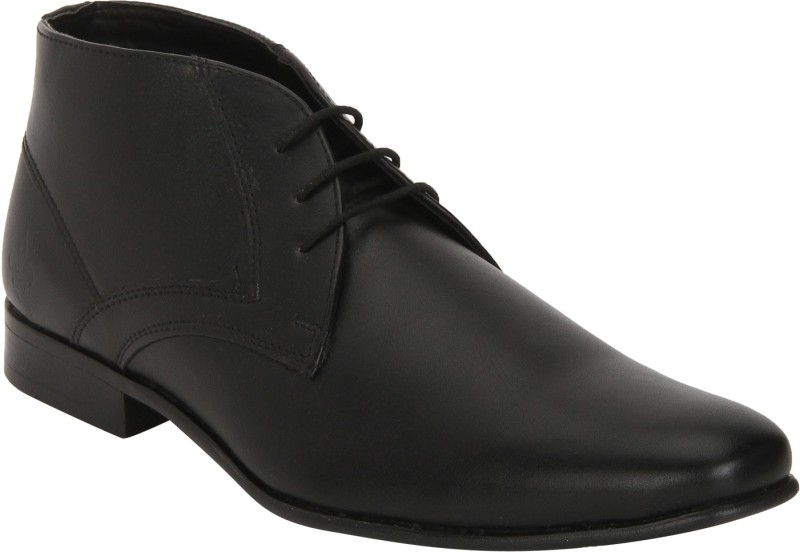 Bond Street By Red Tape Men Chukka Boots For Men(Black)