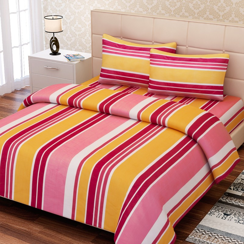SEJ by Nisha Gupta 144 TC Cotton Double Geometric Bedsheet(1 Bedsheet, 2 Pillow Covers, Yellow)