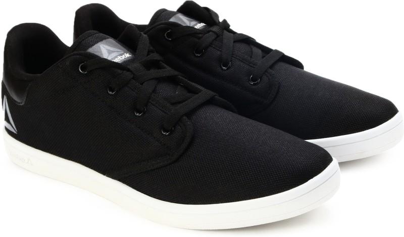 REEBOK TREAD FAST Running Shoes For Men(Black)