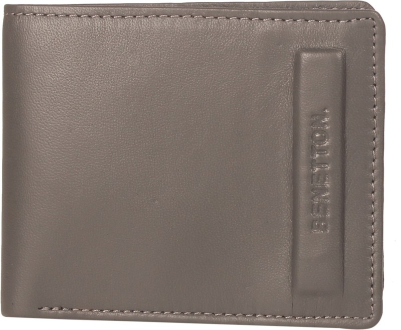 United Colors of Benetton Men Grey Genuine Leather Wallet(6 Card Slots)