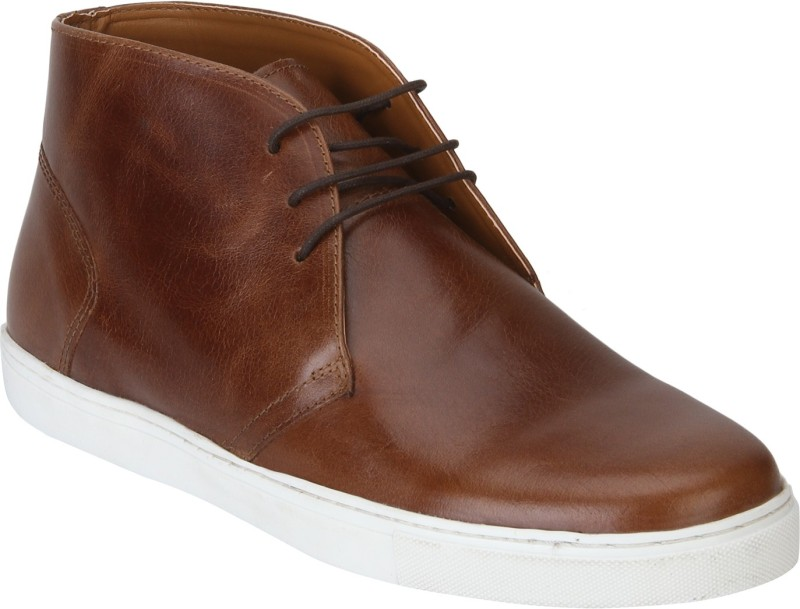 Red Tape Men Leather Chukka Boots For Men(Tan)