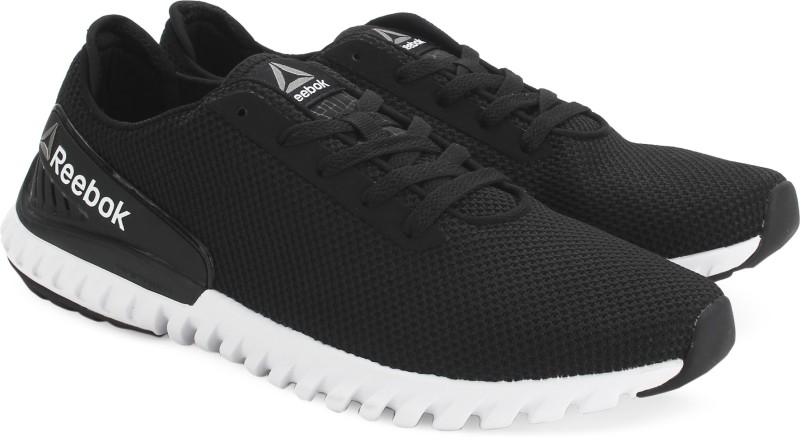 42%off REEBOK TWISTFORM 3.0 MU Running Shoes For Men(Black)