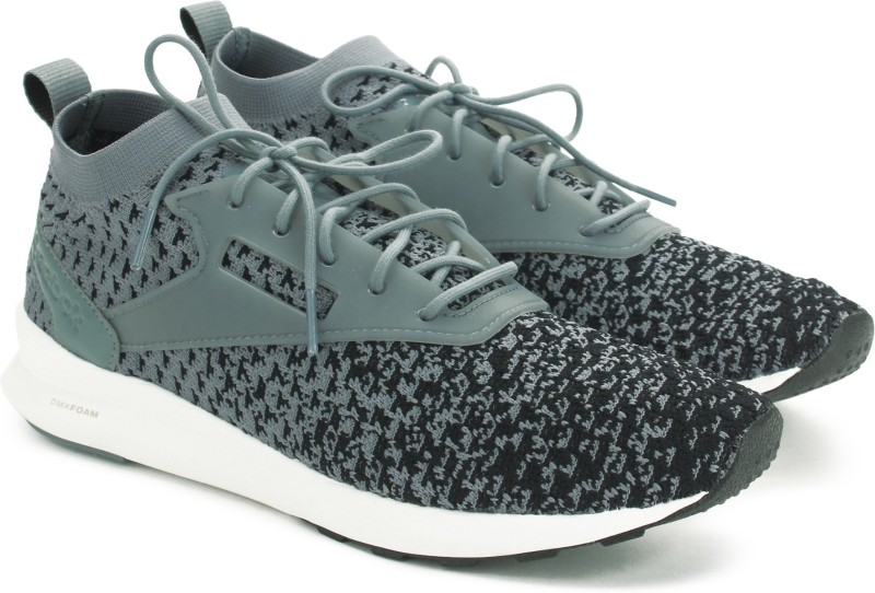 Reebok ZOKU RUNNER ULTK FADE Sneakers For Men(Black, Grey)
