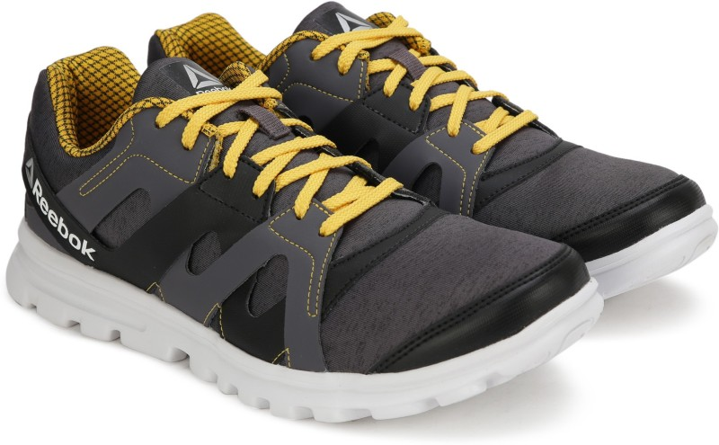 Reebok ELECTRO RUN Running Shoes For Men(Black, Yellow)