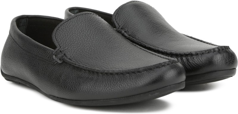 Clarks Reazor Edge Black Leather Loafer For Men(Black)