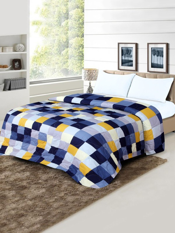 Flipkart SmartBuy Checkered Double Quilt, Comforter Multicolor(Micro Quilt)