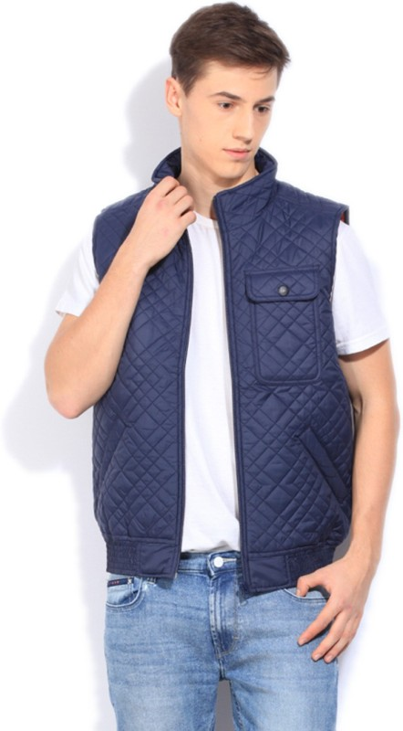 Lee Sleeveless Self Design Mens Quilted Jacket