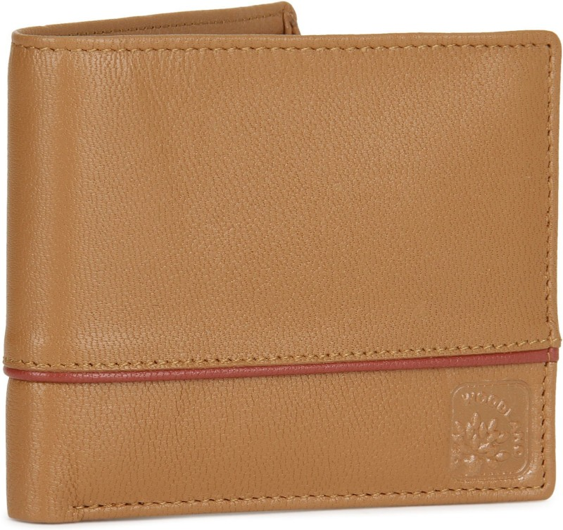 Woodland Men Tan Genuine Leather Wallet(4 Card Slots)
