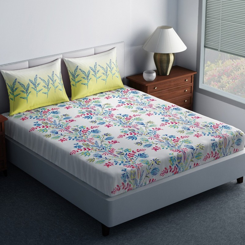 SPACES 144 TC Cotton Double King Floral Bedsheet(1N Double Bedsheet, 2N Pillow Covers, Green)