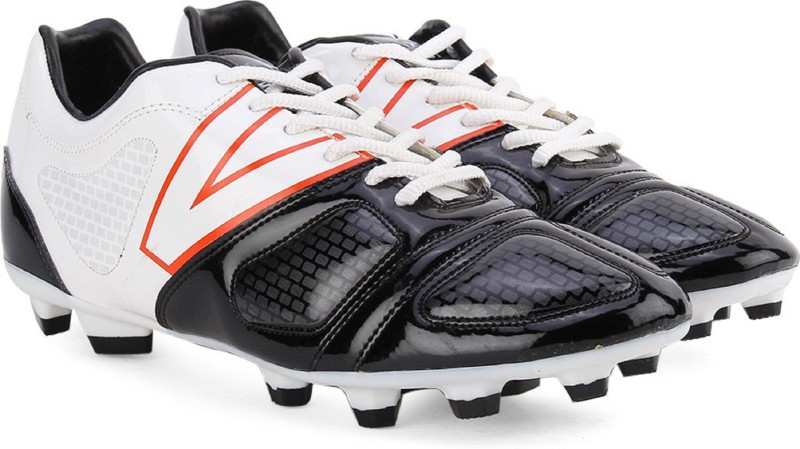 VECTOR DESTROY(WHITE BLACK) Football Shoes For Men(White, Black)