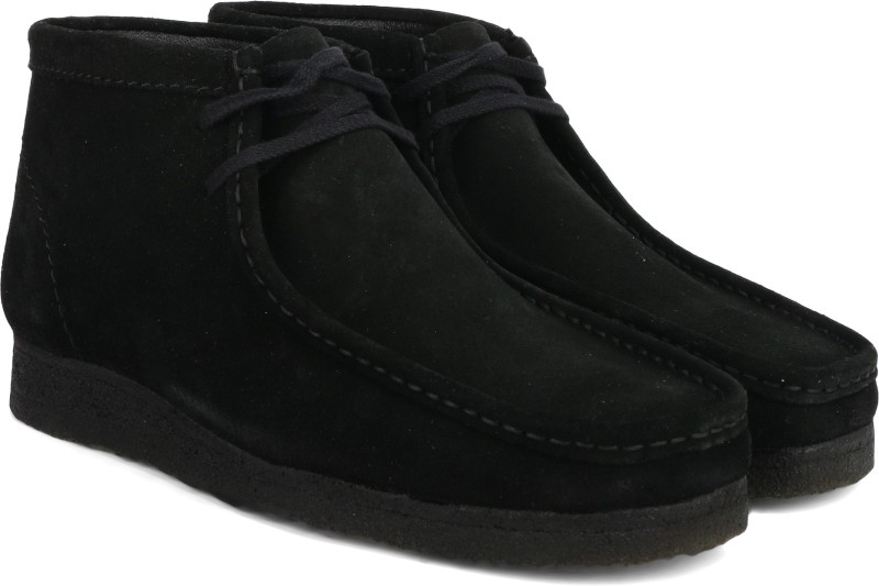 Clarks Wallabee Boot Black Sde Boots For Men(Black)