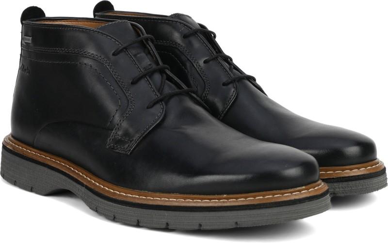 Clarks Newkirk Up GTX Black Leather Boots For Men(Black)