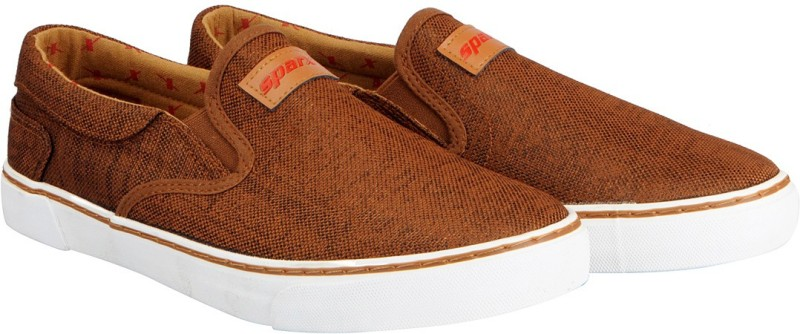 Sparx Mens Slip On Sneakers For Men(Tan)