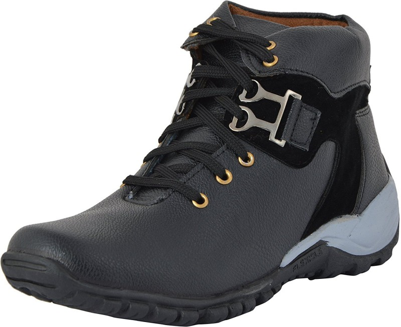 deals4youth Hiking & Trekking Shoes For Men(Black)