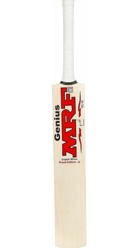 MRF VIRAT KOHLI NO. 6 Poplar Willow Cricket Bat(6, 1-1.1 kg)