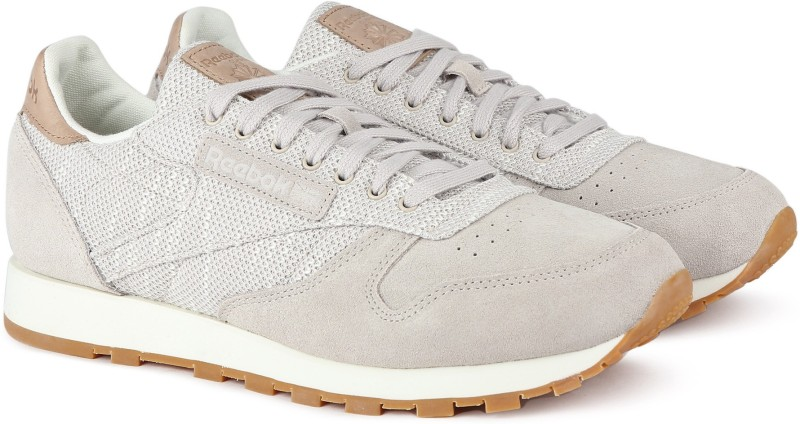 REEBOK CL LEATHER EBK Sneakers For Men(Beige, Grey)