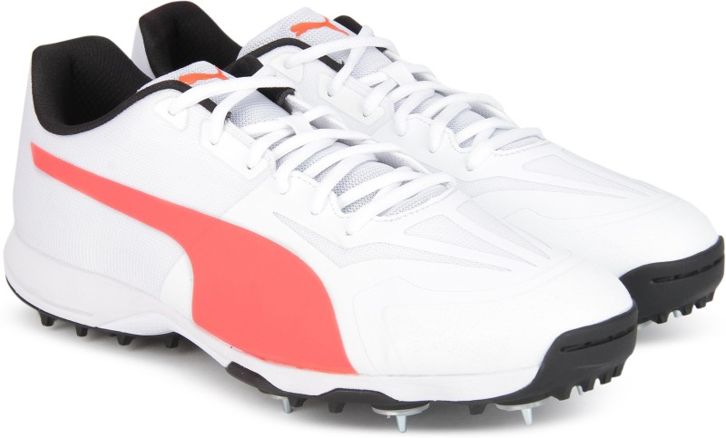 Puma evoSPEED 360.1 Cricket Spike Cricket Shoes For Men(White)
