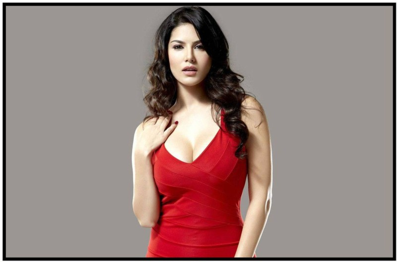 Sunny Leone Wall Poster Fine Quality Matte Finish ATHHLYWDKYWRDPOS8874 Paper Print(18 inch...