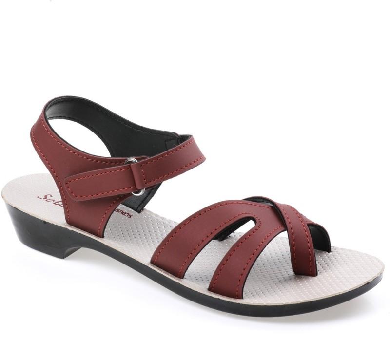 Paragon Women Red Flats