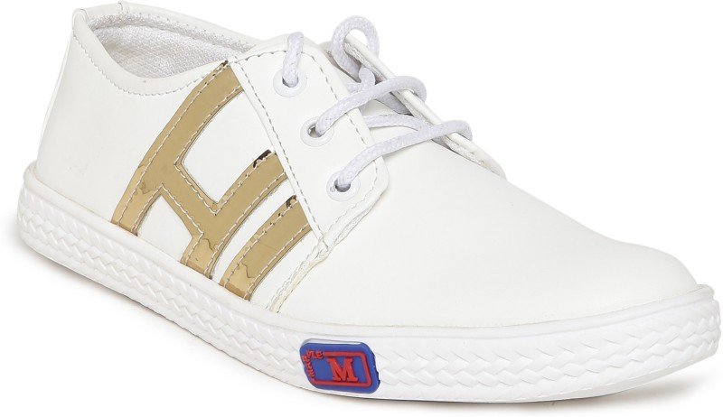 1 WALK 1 WALK MAPPLE COLLECTION ORIGINAL COMFORTABLE STYLISH WOMEN SHOES /SNEAKERS/COLLEGE WEAR/2018 LATEST COLLECTION/PARTY WEAR/CASUAL DRESSING WEAR/WEEDING WEAR-White::Gold Casuals For Women(White, Gold)