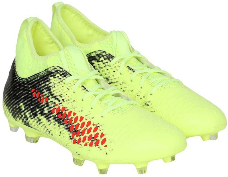 Puma FUTURE 18.3 FG AG Football Shoes For Men(Yellow)