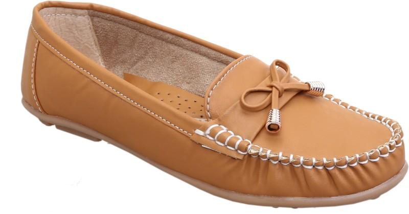 catbird Women Flats Loafers For Women(Beige)