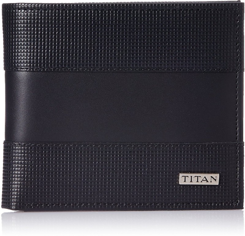 Titan Men Black Genuine Leather Wallet(6 Card Slots)
