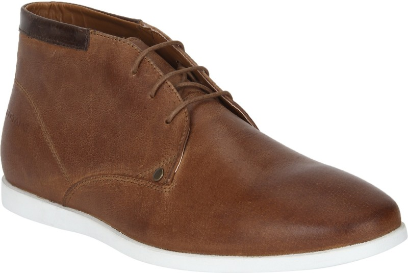 Red Tape Leather Chukka Boots For Men(Tan)
