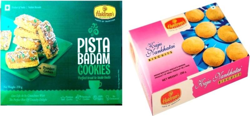 Haldiram's Pista Badam and Kaju Nankhatai Biscuits (Combo Pack)(500 g, Pack of 2)