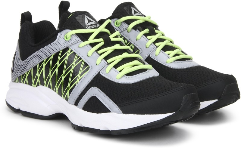 REEBOK SMOOTH FLYER XTREME Running Shoes For Men(Black)