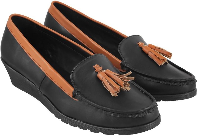 Mochi Trendy Loafers For Women(Black)