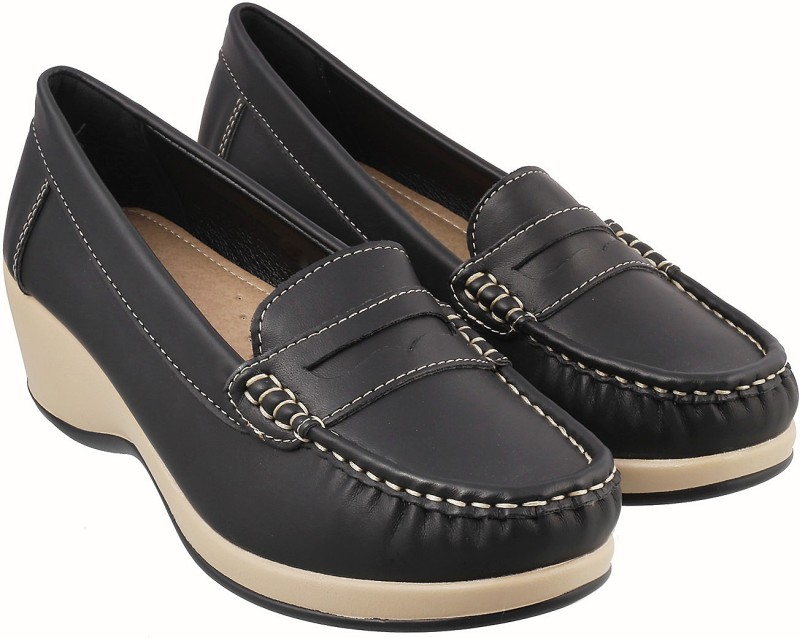 Mochi Trendy Loafers For Women(Black)