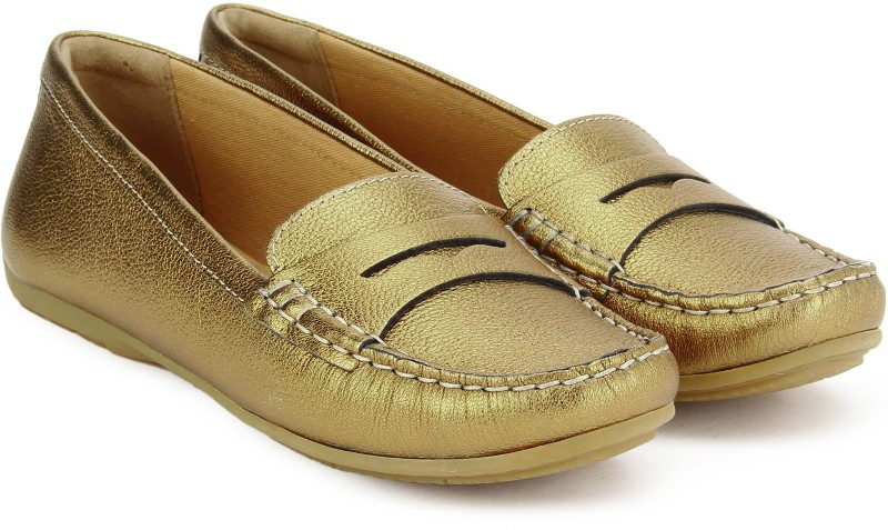 Clarks Doraville Nest Gold Metallic Loafers For Women(Gold)