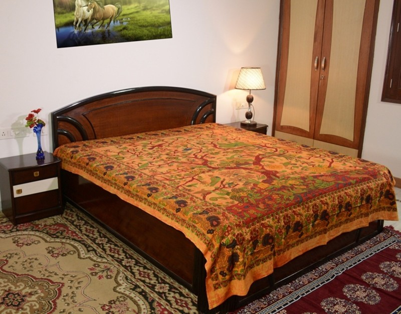 Sora 0 TC Cotton Double Self Design Bedsheet(1, Brown)