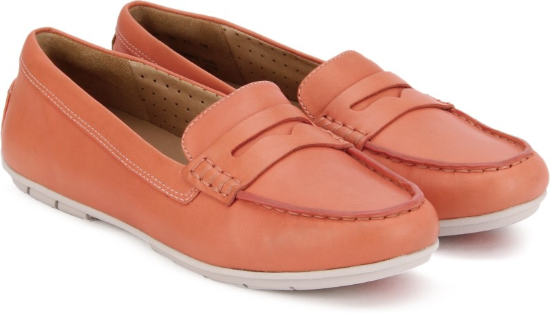 Clarks Un Terra Coral Leather Loafers For Women(Orange)