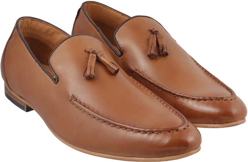 67deb14f7bb Mochi Men Loafers   Mocassins Price List in India 16 April 2019 ...