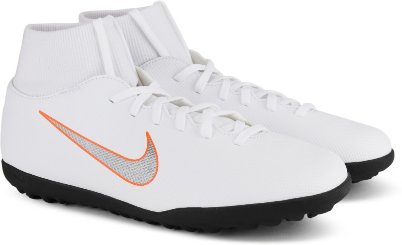 Nike SUPERFLY 6 CLUB TF Football Shoes For Men(White)