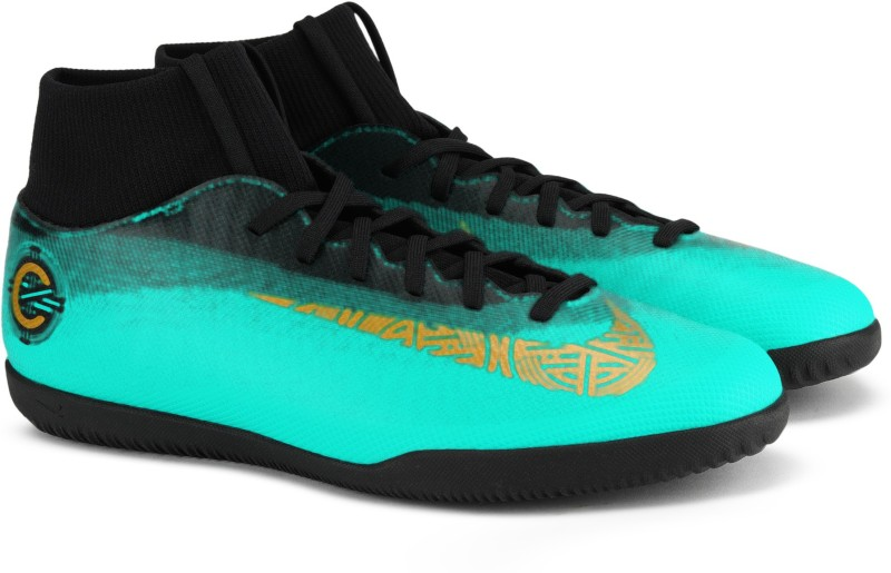 Nike SUPERFLY 6 CLUB CR7 IC Football Shoes For Men(Green, Black)