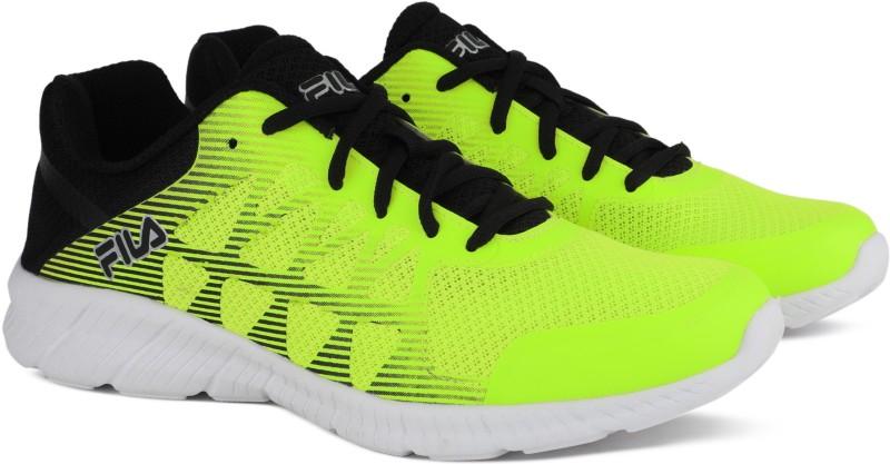 Fila MEMORY FINITY Running Shoes For Men(Black, Green)