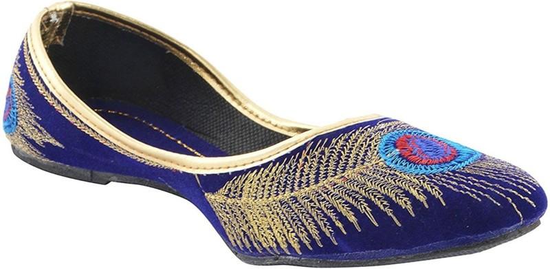 The Scarpa yepee Men's Running Shoes For Men(9, Black, White) image