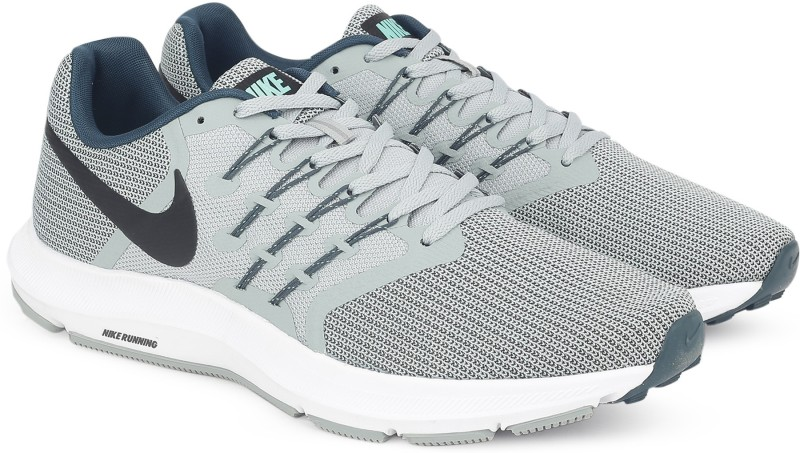 Nike NIKE RUN SWIFT Running Shoes For Men(Grey)