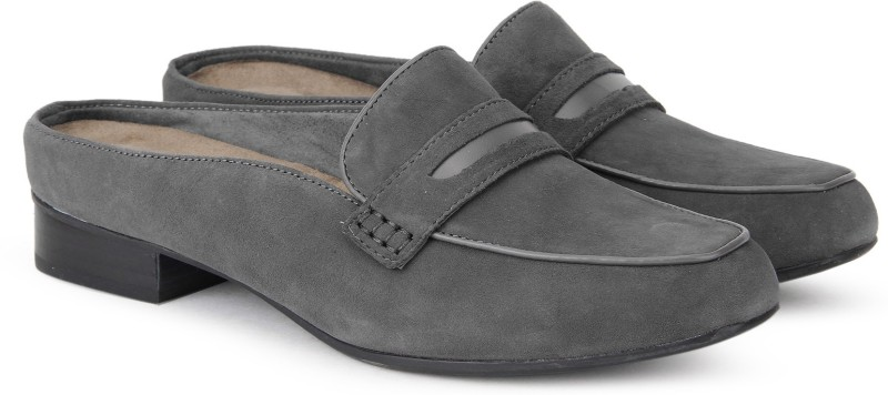 Clarks Keesha Donna Dark Grey Sde Loafer For Women(Grey)