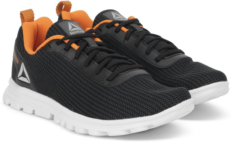 REEBOK SWEEP RUNNER Running Shoes For Men(Black)