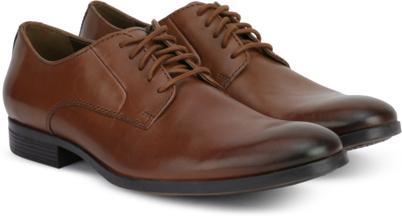 Clarks Conwell Plain Formal Shoes For Men(Tan)